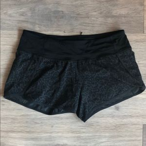 Lululemon Run Times Shorts 8
